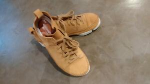 Shoes - Size 9