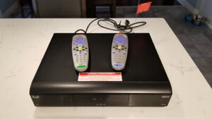 Bell ExpressVu HD PVR Satellite receivers + remote controls