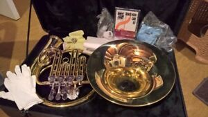 Student French Horn in B-flat. Perfect condition,  & maintained