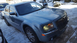 2008 Chrysler 300-Series Touring awd Sedan