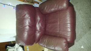 MOVING SALE! Queen Bedroom Set, Couch, Recliner, Coffee Table