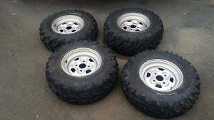 Yamaha -  4 rims & Bear Claw tires