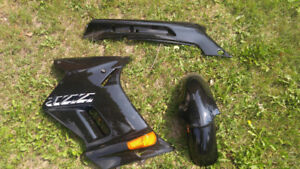 Kawasaki ZZR250 Fairings, new.