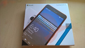 Unlocked Microsoft Lumia 640 XL Windows 10 New in Box Warranty