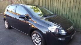 Fiat Punto Evo 1.4 Dynamic. AC. WARRANTY. BLUETOOTH. SH. EW. EM. RCL. STOP/START