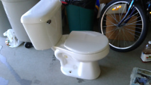 Mansfield toilet (used)