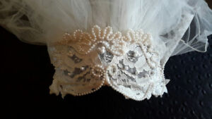 IVORY VEIL WITH HAND-BEADED JULIETTE CAP