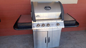 Stainless steel Napoleon natural gas BBQ for sale or trade