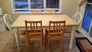 Solid wood kitchen dining table and 6 chairs