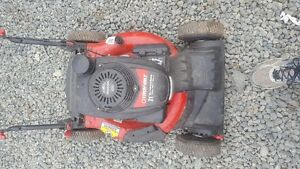 honda powered mower ! Excellent condition