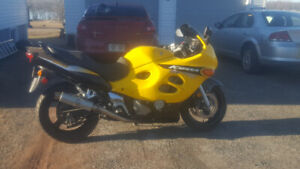 priced to sell, 2004 gsx600f Katana ready to rock...