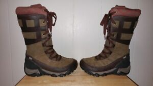New Merrell All Weather Boots Size 6