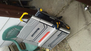 Near new table saw