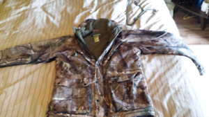 Remington hunting coat for sale very warm hardly used