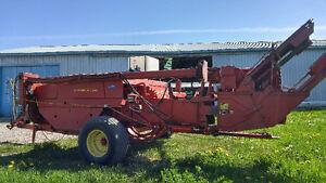 Nez à maïs et presse New holland 316 Lac-Saint-Jean Saguenay-Lac-Saint-Jean image 4