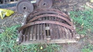 Eagle Tractor grousers and skid rings