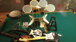 Wii Rockband game with extras