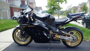 2005 Honda CBR 1000RR Black & Gold
