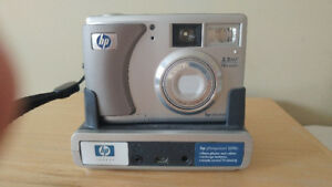 Hp Photosmart Digital Camera and Dicking Station