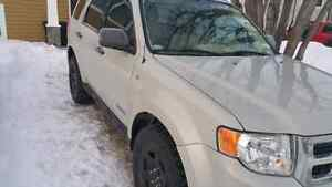 2008 ford escape AWD xlt