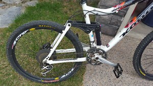 Kona 120 Primo X-country mint condition ridden off pavement once
