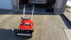 TORO S200 snowblower