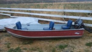 12 foot aluminum boat and 9.8 murcury