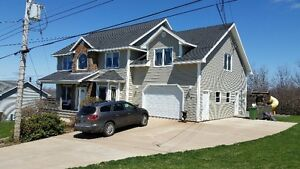 Large Executive Home for Rent Within 5 Min Walk to Downtown