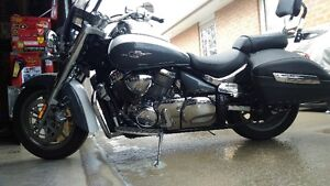 2008 suzuki boulevard (great condition)