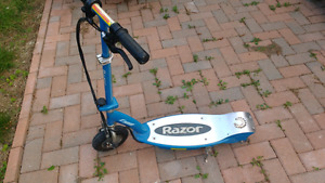 Kids electric power scooter