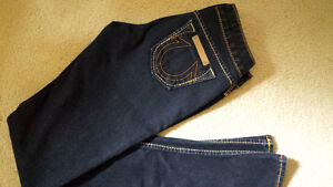TRUE RELIGION jeans, size 24