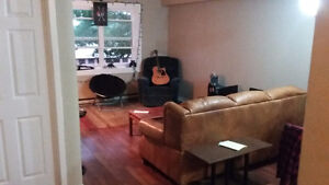 Looking for 3 people to take over 3 bedroom lease asap