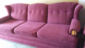BURGANDY COUCH FOR SALE. CLEAN Kitchener / Waterloo Kitchener Area image 2