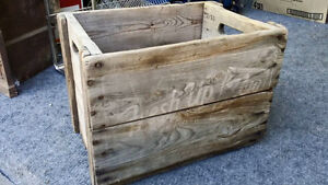 FRESH UP WITH 7UP WOODEN CRATE * VERY STURDY!