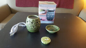 Yankee Candle Electric Tarts Wax Melts Warmer - Lights Up! - New
