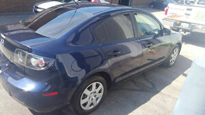 2009 Mazda Mazda3 GS with roof Sedan 3995.00 WEEKEND SPECIAL
