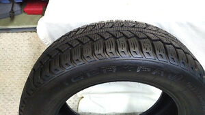 ONE WINTER UNIROYAL TIGER PAW ICE AND SNOW II, 195/60R 15