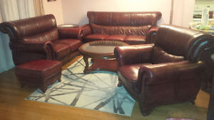 LIKE NEW GENUINE LEATHER 5pc LIVING ROOM SET