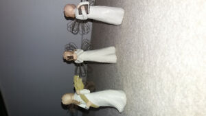 3 willow tree figures