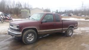98 Z71 IN GREAT CONDITION