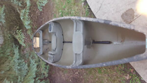 15 feet Canoe for sale