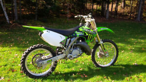 Kawasaki KX 125 2003 - 2900$
