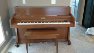 Small Upright Piano (plays perfect)