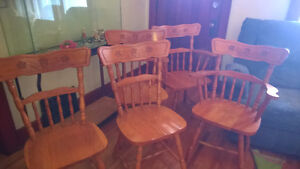 Very Good Condition Wood Chairs Windsor Region Ontario image 1