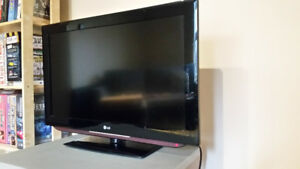 32 Inch LG High Definition TV perfect condition