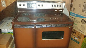 Vintage 1960s? Double Oven