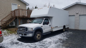 2007 Ford F450 cube truck