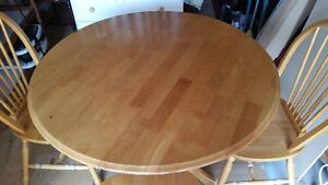 solid wood dining table and 3 chairs delivery included