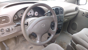 Parting out Dodge Caravan SE 2002 read description
