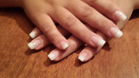 Pose d'ongles professionnelle